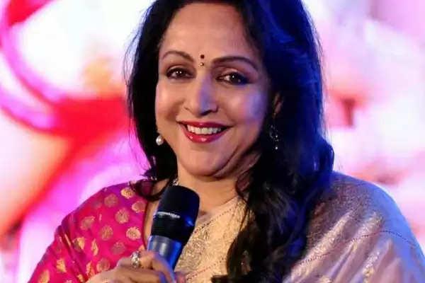 Hema Malini ने किया खुलासा सनी देओल के साथ कैसा है उनका रिश्ता