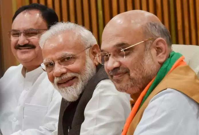PM Modi: यूपी के बाद केंद्रीय स्तर पर भी होगा कैबिनेट फेरबदल