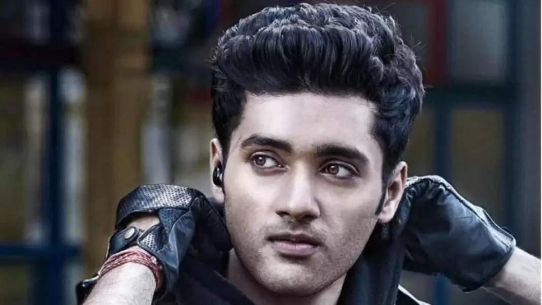 20 Years of Gadar: इतने बदल गए फिल्म गदर में सनी देओल और अमीषा पटेल के बेटे का रोल निभाने वाले उत्कर्ष शर्मा