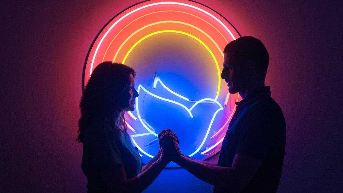 प्यार और रोमांस को लेकर कैसा होगा आज का दिन