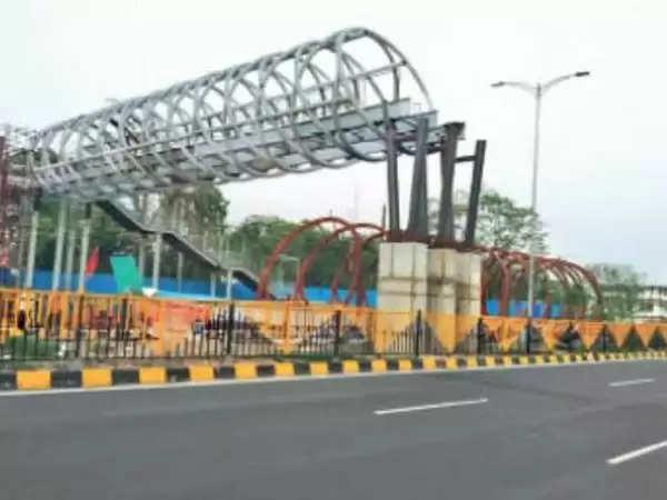 नालंदा : फुटओवर ब्रिज का निर्माण:अटल पथ के उद्घाटन के 5 माह बाद भी नहीं बना फुट ओवर ब्रिज