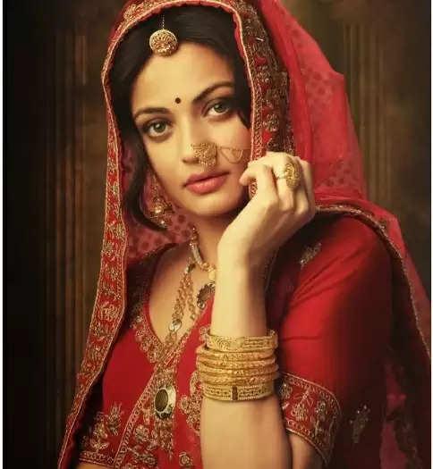 Sneha Ullal: स्नेहा उलाल का ब्राइडल फोटोशूट चर्चा में, ऐश्वर्या से हो रही तुलना