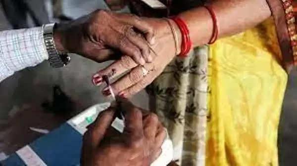फैज़ाबाद :अयोध्या- जिला पंचायत अध्यक्ष पद के लिए मतदान तीन जुलाई को