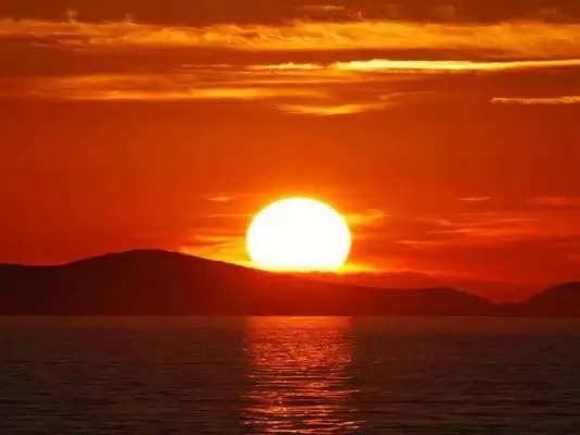क्या आप भी चाहते हैं बड़े नुकसान से बचना, तो सूरज ढलने के बाद बिल्कुल भी ना करें ये काम