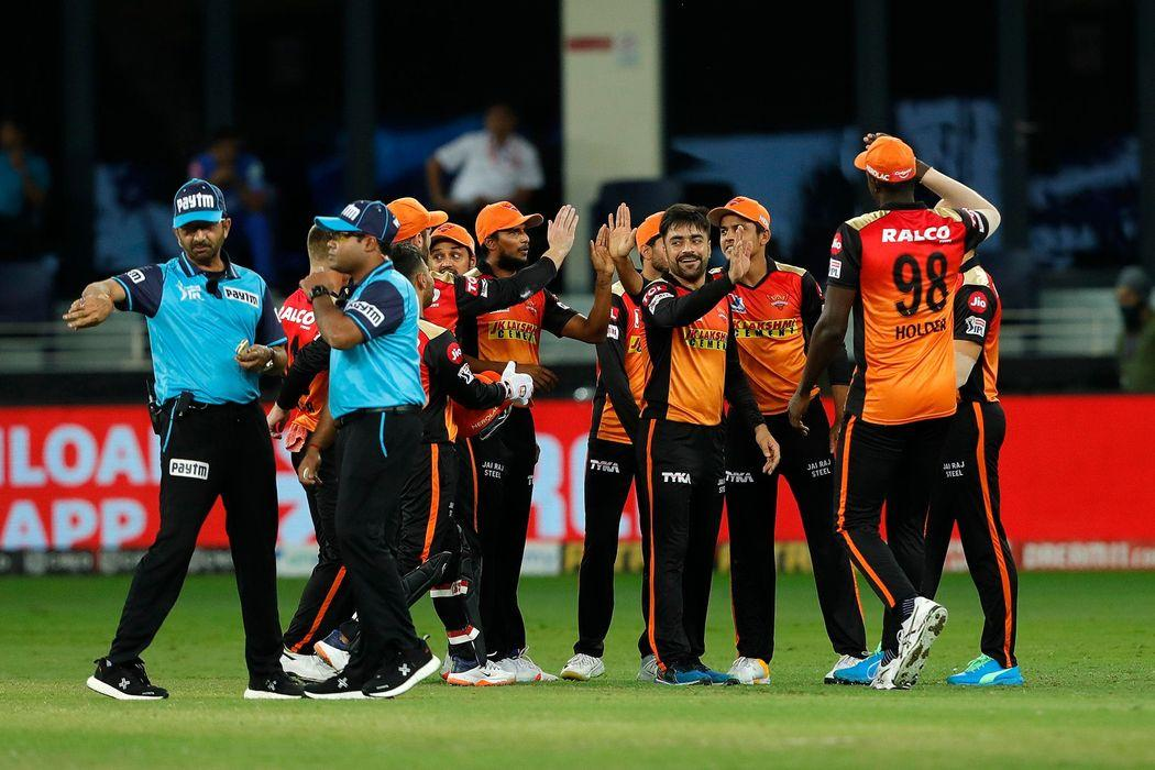 IPL 2020: आरसीबी के खिलाफ मैच से पहले  सनराइजर्स हैदराबाद को लगा करारा झटका
