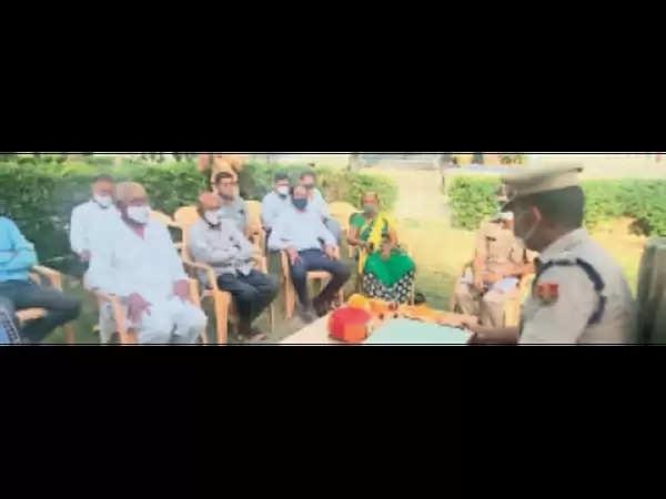 राजसमंद : एसपी ने देवगढ़ थाने का निरीक्षण कर सीएलजी सदस्यों की बैठक ली