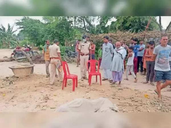 मधुबनी : पंचरत्न गांव से तीन दिनों से लापता युवक का शव तालाब से हुआ बरामद