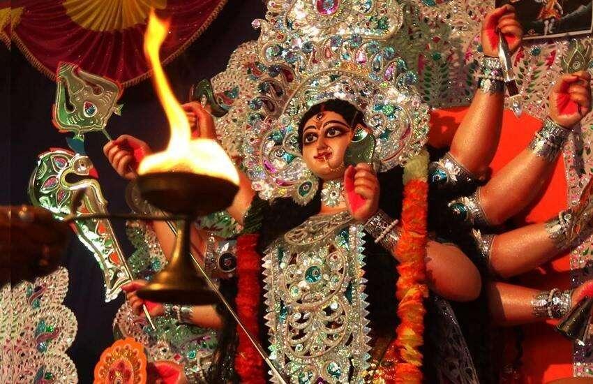 Chaitra navratri 2021: चैत्र नवरात्रि के पहले दिन इस शुभ योग में करें कलश स्थापना, जानिए