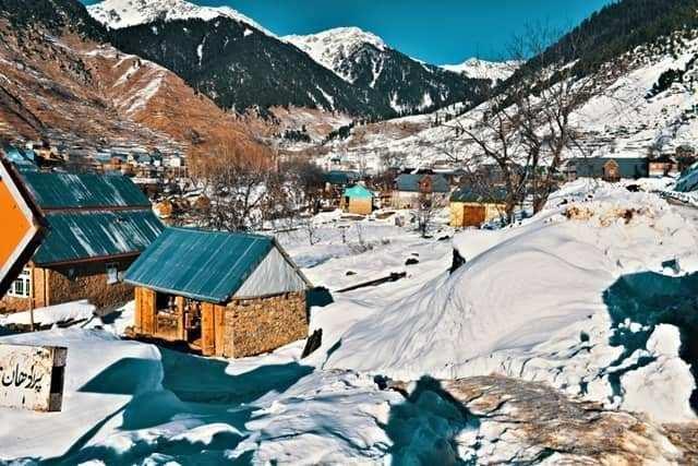 Travel: दुनिया भर के पर्यटकों के स्वागत के लिए कश्मीर तैयार है