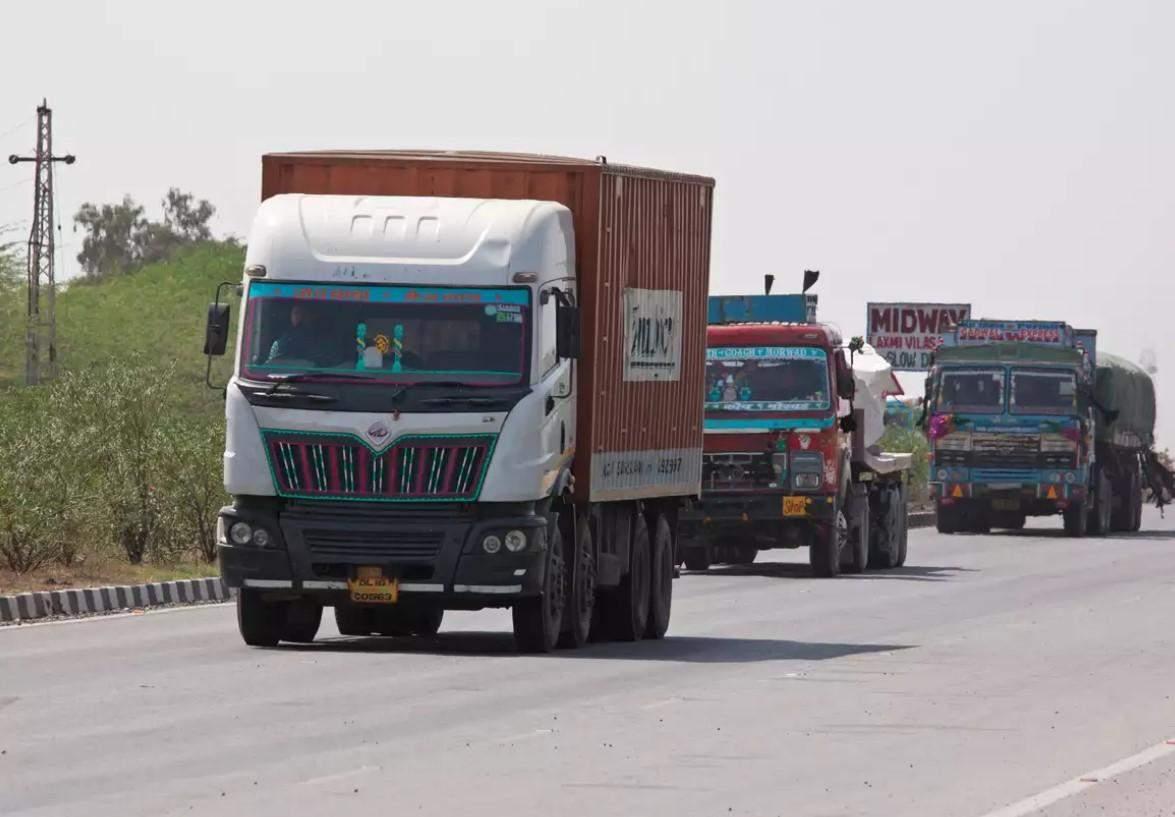 यूपी में वाणिज्यिक वाहन कर बकाएदारों पर जुर्माना माफ
