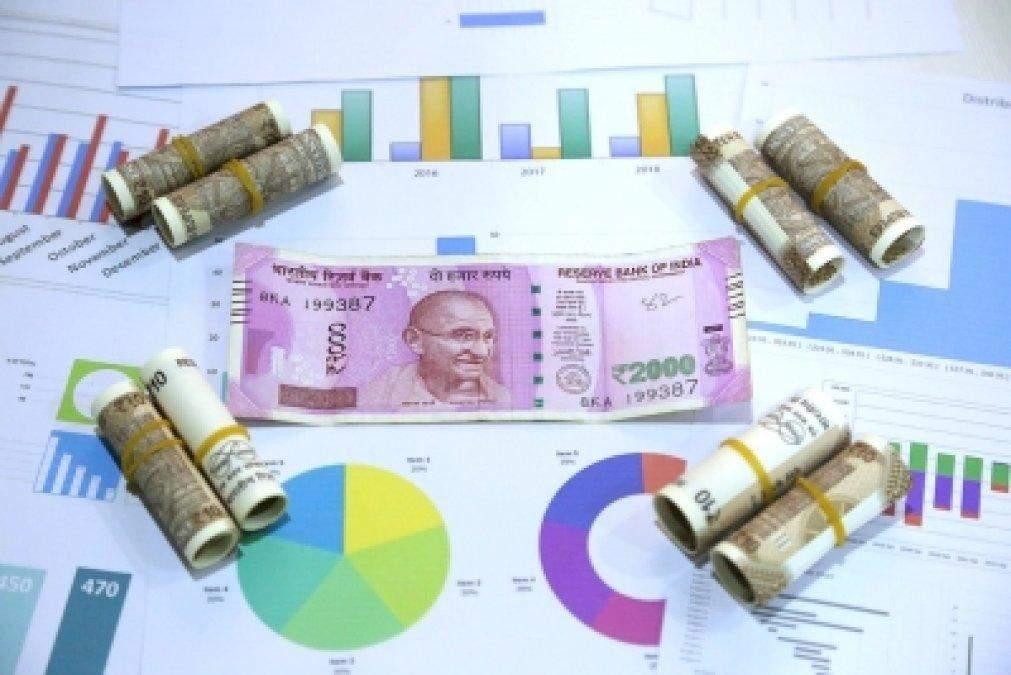 uttar pradesh में 45,000 करोड़ रुपये का निवेश करेंगी कंपनियां
