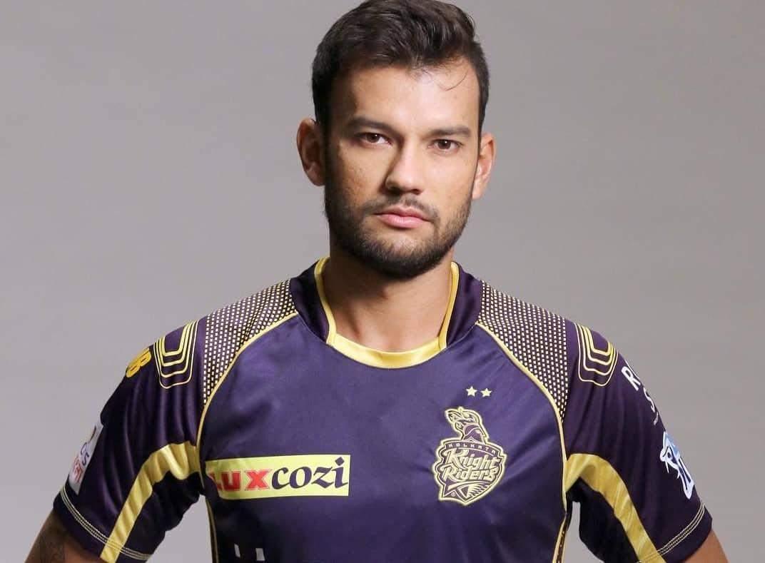IPL 2021 में केकेआर का हिस्सा  इस भारतीय खिलाड़ी  के परिवार में कोविड से हुई मौत