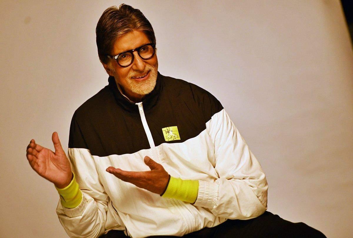 Amitabh Bachchan की आवाज़ में आने वाली कॉलर ट्यून को हटाने को लेकर दिल्ली हाई कोर्ट में डाली गई जनहित याचिका