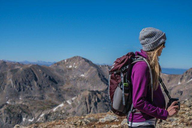 Travel: क्या आप काम के लिए अक्सर यात्रा करते हैं? पैकिंग करते समय कुछ बातों का ध्यान रखें