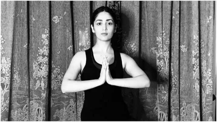 अपने गर्दन की गंभीर चोट से ठीक होने पर अभिनेत्री Yami Goutam