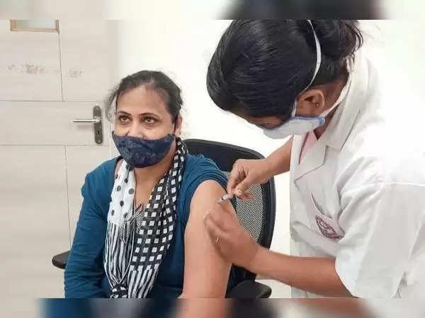 दुर्ग : कांग्रेस की वर्चुअल बैठक में फैसला:टीके को लेकर गांवों में भ्रम जागरुकता अभियान चलाएंगे