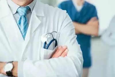 Tripur के इस डॉक्टर ने जरूरतमंदों के लिए खोला 'ऑक्सीजन पंडाल'
