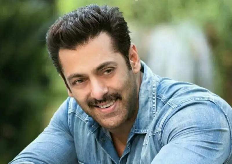 Salman Khan: सलमान खान जल्द करेंगे अजय देवगन के डायरेक्टर के साथ काम, ऐसी है योजना