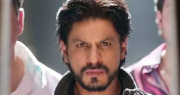 Shahrukh Khan Look Viral: लंबे बाल, बढ़ी हुई दाढ़ी ऐसा है शाहरूख खान का नया हेयरस्टाइल