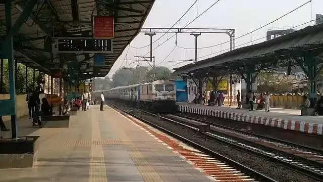 Indore रतलाम और उज्जैन ट्रेनों के लिए MST की बिक्री फिर से शुरू
