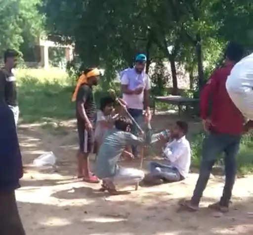 Rewadi जल्दी दम न तोड़े इसलिए बीच-बीच में पिलाते रहे पानी, मामूली रंजिश में BSc के छात्र की पीट-पीटकर हत्या