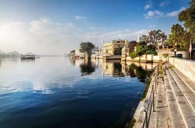 क्या आप जानते हैं कि The City of Lakes में है विश्व की दूसरी सबसे लंबी दीवार