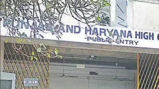 Chandigarh एससी सर्टिफिकेट पर विवाद उठाने वाली याचिकाओं पर हाईकोर्ट ने पंजाब से मांगा जवाब