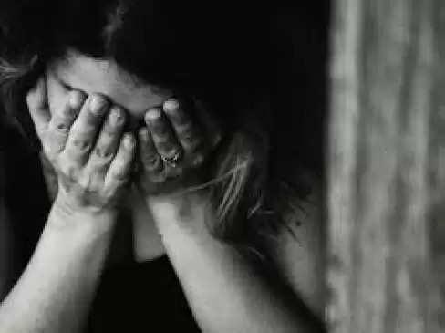 Nashik गैंगरेप, चलती ट्रेन में लूटपाट कर युवती की इज्जत लूटी, आरोपी गिरफ्तार
