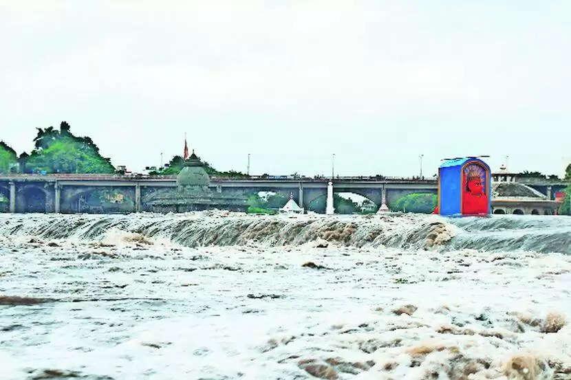 Shimla भारी भूस्खलन के कारण NH-205 पर हो रही भारी परेशानी