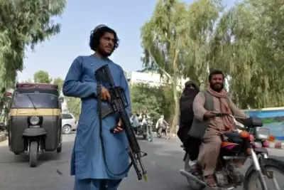 Taliban fighters ने महिला डॉक्टर के घर पर धावा बोला