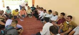 Rishikesh सस्ता गल्ला विक्रेताओं को किराया और लाभांश जल्द दे सरकार