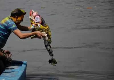DPCC ने कहा, दुर्गा पूजा की मूर्ति का यमुना में विसर्जन प्रतिबंधित
