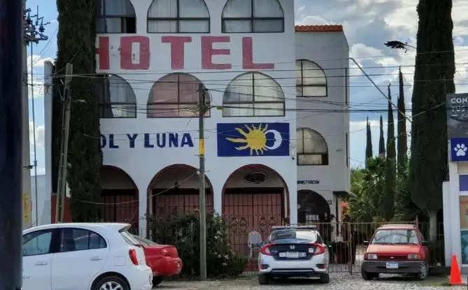 मेक्सिको के एक होटल में बंदूकधारियों ने करीब 22 संदिग्ध प्रवासियों का किया अपहरण