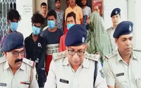 बिहार के मधुबनी में 18 वर्षीय चचेरे भाई से शादी करने के लिए महिला ने पति की हत्या की साजिश रचीबिहार के मधुबनी में 18 वर्षीय चचेरे भाई से शादी करने के लिए महिला ने पति की हत्या की साजिश रची