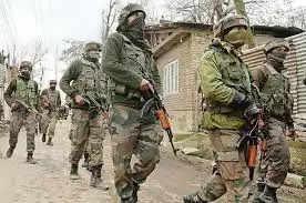 Pulwamaजम्मू-कश्मीर के उरी में एक आतंकवादी मारा गया, दूसरे ने किया आत्मसमर्पण
