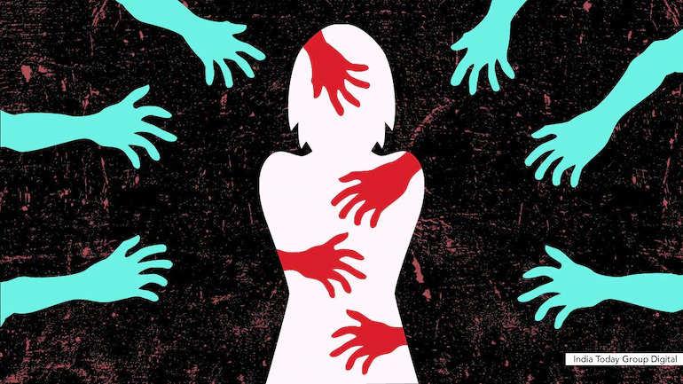 Durg के शख्स ने किया बेटी से रेप, दूसरों के साथ यौन संबंध बनाने के लिए मजबूर किया; 28 बुक