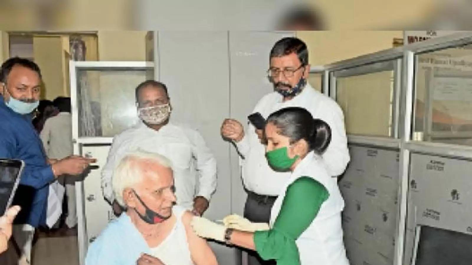 darbhanga टीकाकरण में काेताही बरतने वाली 32 एएनएम से पूछताछ