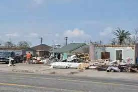 Texas तट के कुछ हिस्सों में तूफान आने की आशंका