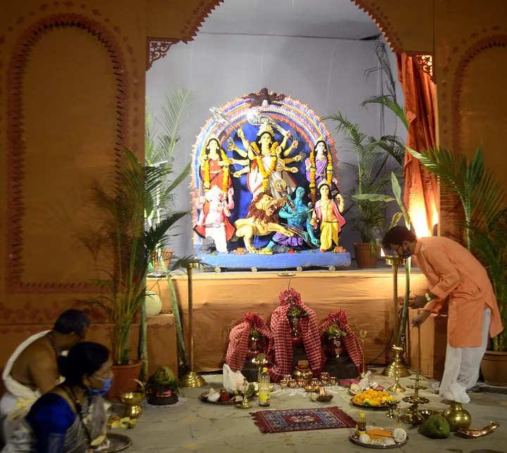 Bhopal भोपाल में दुर्गा पूजा: कोरोना के कारण लोगो ने बनाई इस त्योहार का बनाने की योजना