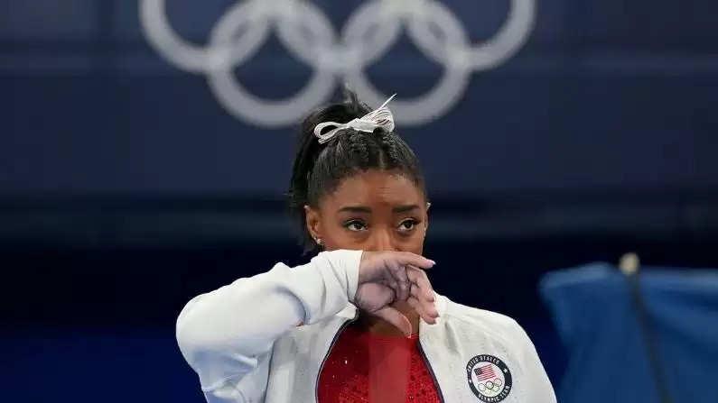 gymnast-simone 7.jpg