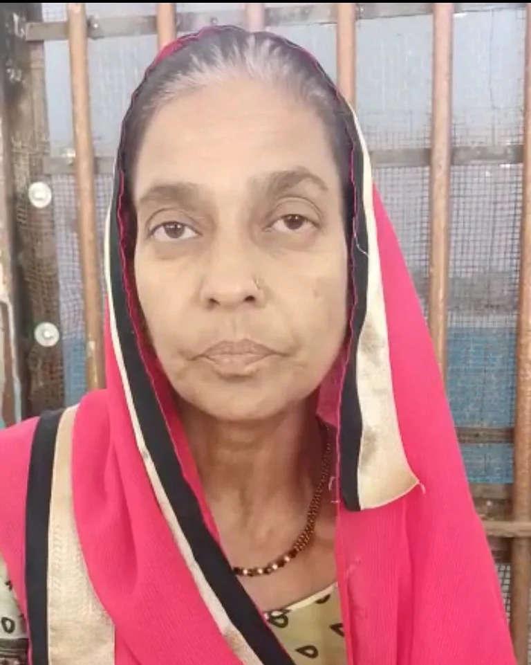 Indore शादी के लिए पैसे देने से इंकार करने पर युवक ने मां को कुएं में धकेला