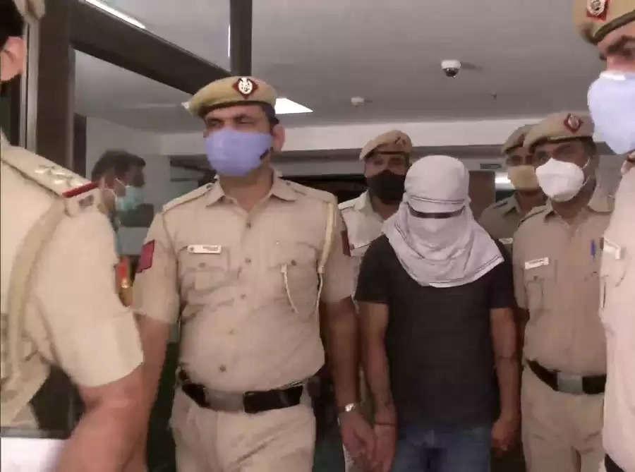 J&k के पूर्व एमएलसी त्रिलोचन सिंह वजीर की हत्या मामले में दिल्ली पुलिस ने एक अभियुक्त को जम्मू से पकड़ा