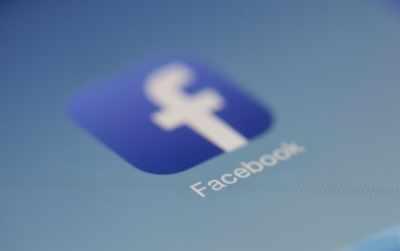 फेसबुक ने लगभग 1,000 'सैन्यीकृत' सामाजिक आंदोलनों पर लगाया प्रतिबंध