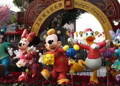 तूफान के कारण अस्थायी रूप से बंद किया गया Shanghai Disney Resort