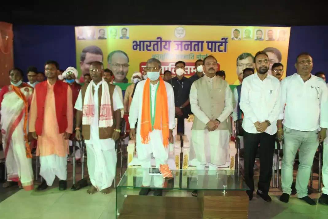 Jamshedpur बाबूलाल मरांडी का भव्य जमशेदपुर में स्वागत, कहा- 'आंदोलन के लिए तैयार रहो'