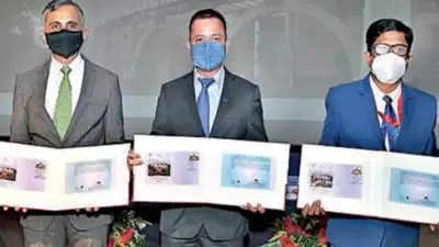 Indoreभारतीय डाक ने आईआईएम-आई के 25वें स्थापना दिवस पर डाक टिकट जारी किया