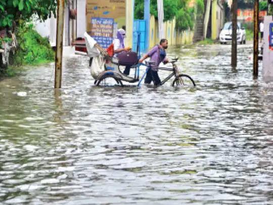 Bilaspur शहर में बारिश के पानी की निकासी का कोई इंतजाम नहीं, सिर्फ डेढ़ इंच बारिश