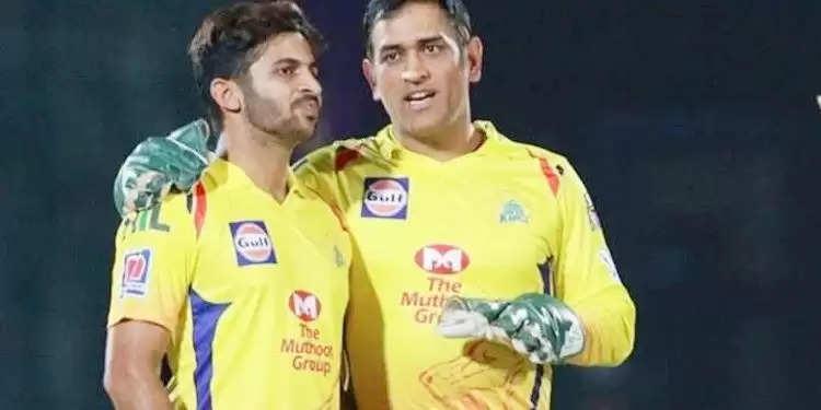 MS Dhoni ने Shardul Thakur को दी थी बल्लेबाजों कि धुलाई करने की यह सलाह, विराट और रोहित ने भी बताया था रामबाण उपाय